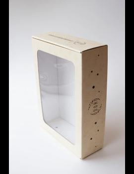 Kreminė dovanų dėžutė su langeliu